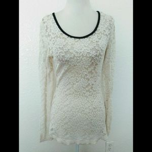 Maurices Women's Floral Lace Top
